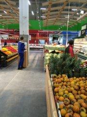 osveshhenie-seti-supermarketov-lenta-spb2.jpg